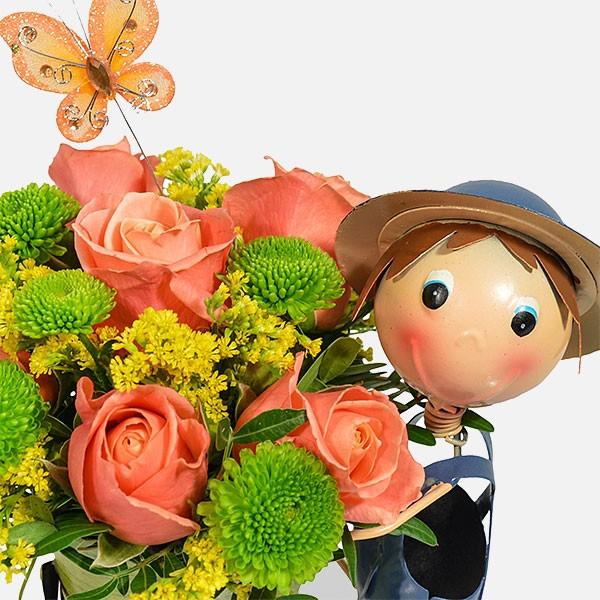 Smart Boy - Τριαντάφυλλα Χρυσάνθεμα Σολιντάστερ - Flowernet.gr
