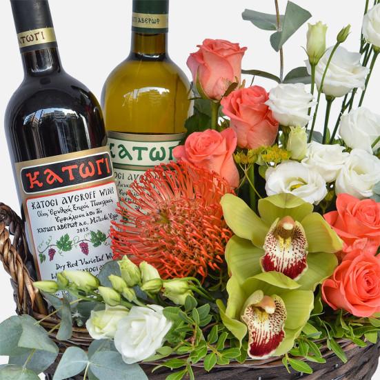 Καλάθι με 2 Φιάλες Κρασί - Flowernet.gr
